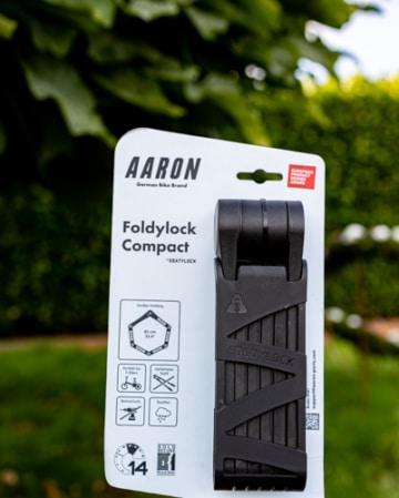 Aaron Foldylock Compact in der Verpackung