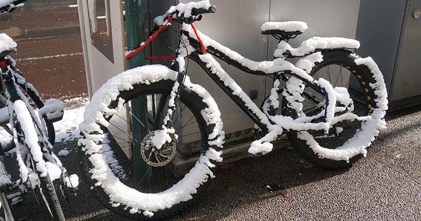 E-Bike im Winter: Diese Checkliste verrät dir, worauf du achten musst.