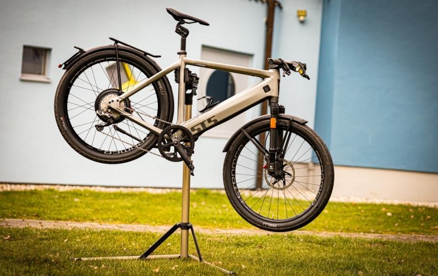 E-Bike reinigen fällt leichter mit einem Montageständer
