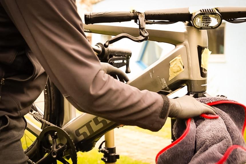 E-Bike pflegen mit dem richtigen Tuch