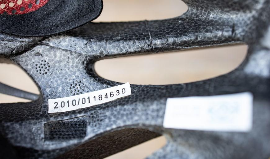 Fahrradhelm Test – Produktionsdatum des Helms