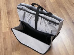 Um Fachrradtaschen besser zu organisieren bieten sich Fächeraufteiler auf, die man als Einsatz in die Taschen legen kann