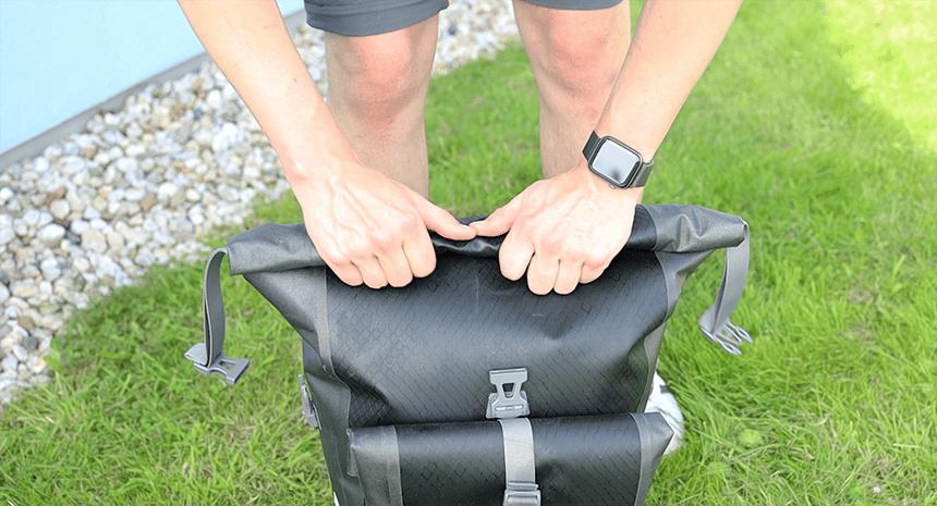 Fahrradtaschen mit Rollsystem halten wasserdicht