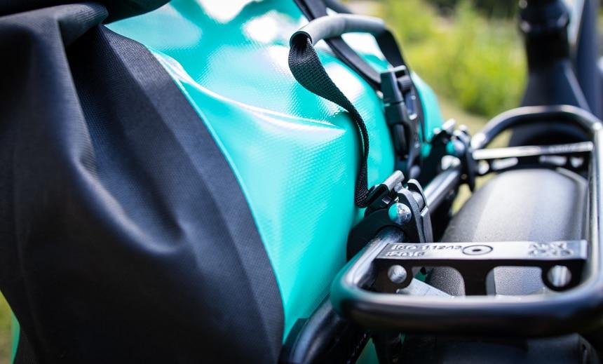 Ortlieb Back-Roller Free Test – Befestigung ist bewährt und hält stabil am E-Bike