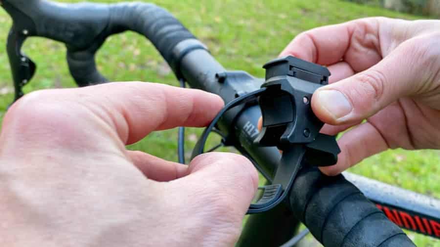 Montage der Trelock 760 Vision am Fahrradlenker
