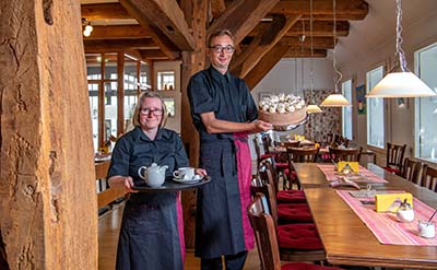 Im Cafe Clüverhaus gibt es leckere Kuchen und Torten