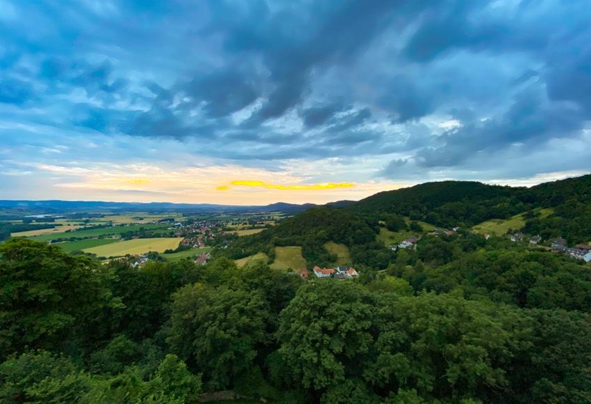 Ausblick auf das Weserbergland von der Schaumburg aus