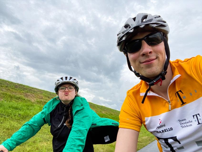 Unser Weserradweg Erfahrungsbericht ist geprägt von Spaß, aber auch Sonne und Regenschauern.