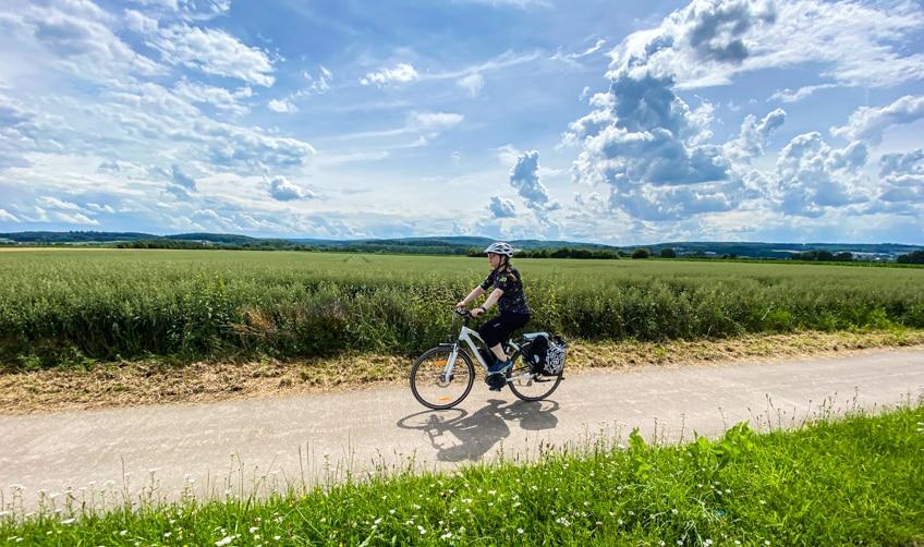 Das Weserbergland wird mit dem E-Bike auf dem Weserradweg zum kinderspiel
